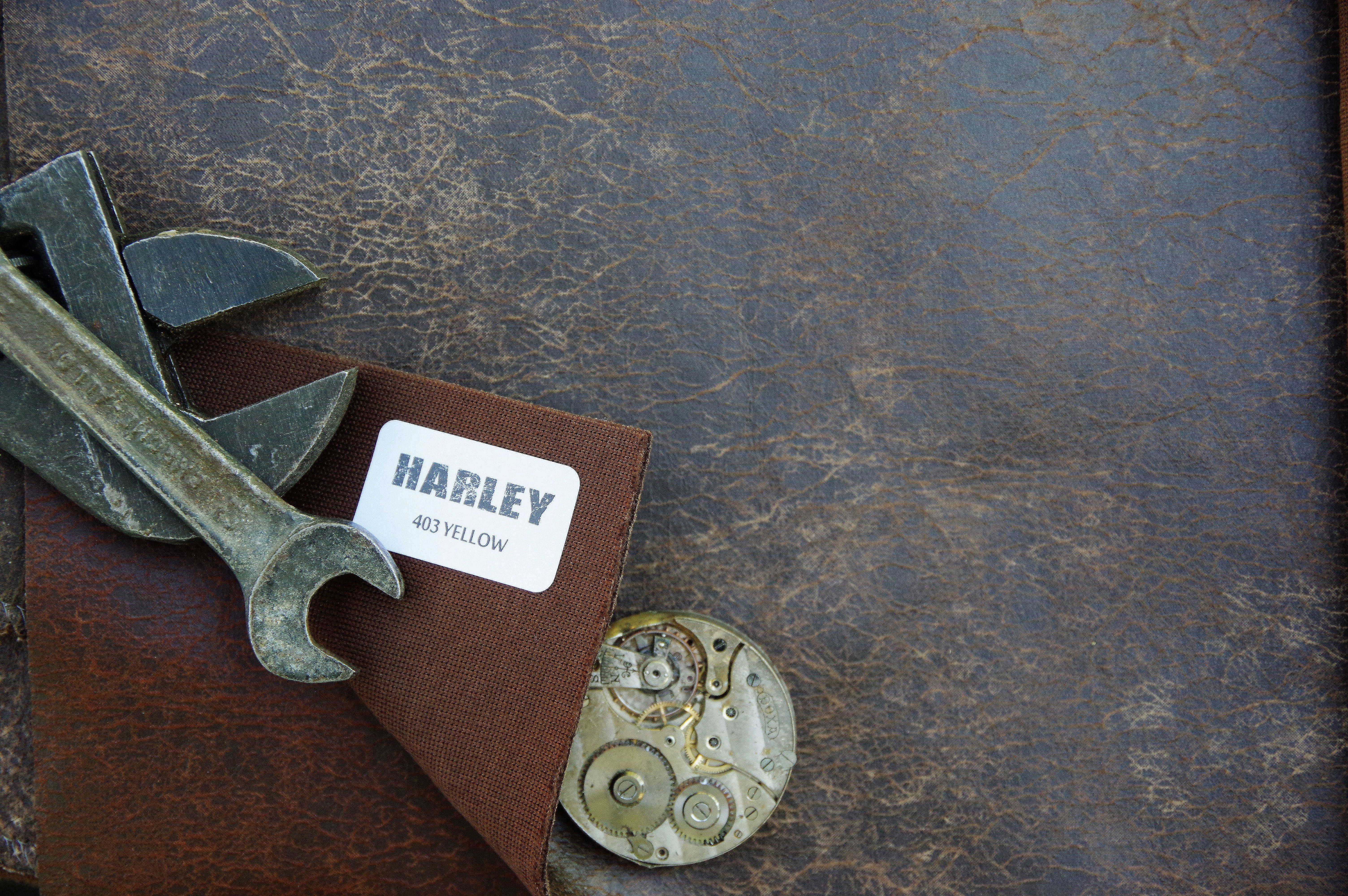 Piele-Antichizata-Vintage-Harley-403-Yellow