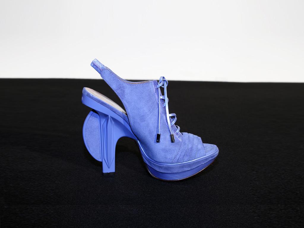 Pantofi alcantara de Claudio Montias